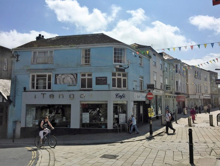 1 Fore Street, St. Austell, PL25 5PX