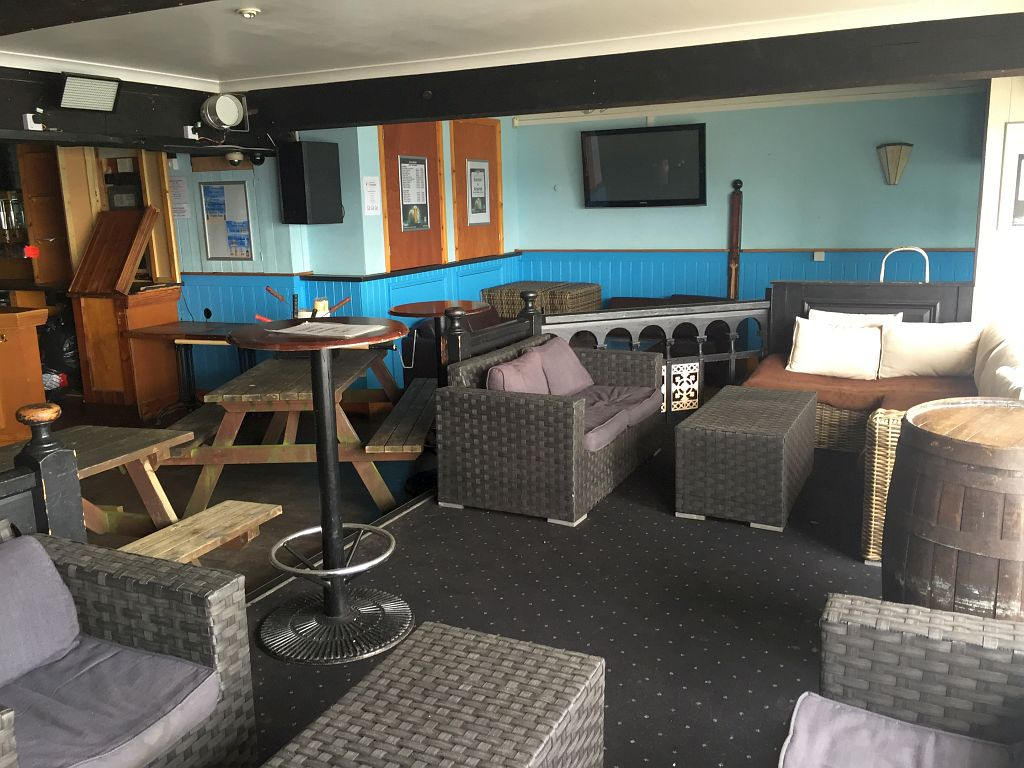 9-falmouth-retail-catering-opportunity-cornwall-commercial-2
