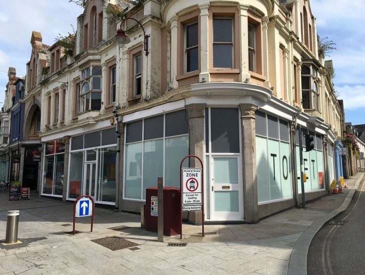 Unit 3, Tower House, Fore Street, Redruth, TR15 2BP