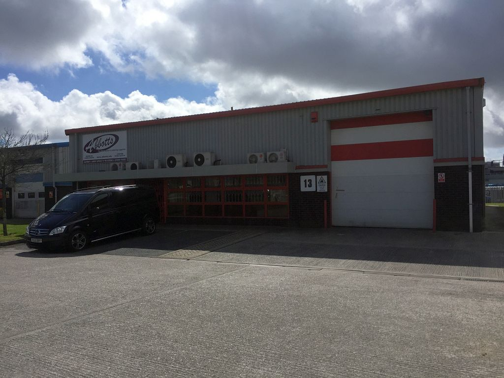 3_Industrial_Pool_Redruth_Commercial_Cornwall