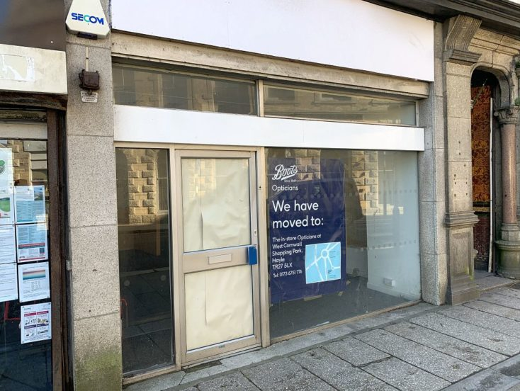 22 Commercial Street, Camborne  TR14 8JY